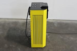 Фото зарядного устройства Tatkraft-E-50А.80В вид сбоку