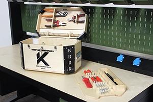 Фото общего вида комплекта аккумуляторщика К-201