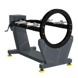 Универсальный стенд для сборки-разборки двигателей Р776Е