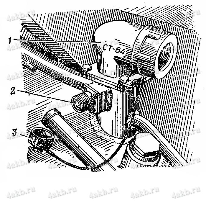 Встроенный разъем для подключения батареи на подзаряд в машине