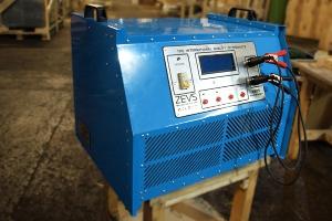 Зарядно-разрядное устройство Зевс-80/100/100 вид сбоку