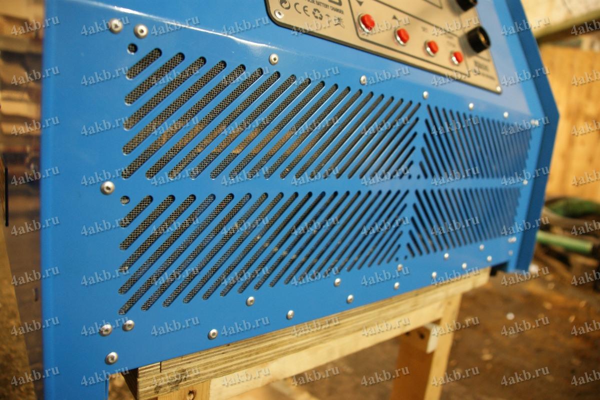 Вентиляционная решетка зарядного устройства Зевс