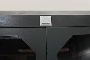 фото вытяжного шкафа ШВК-09