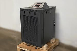 фото зарядного выпрямителя ВЗА-Р-2-100А-40В-30А