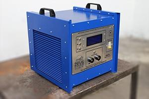 фото зарядного устройства Зевс-Д-100А.40В.R18A(300Вт) общий вид