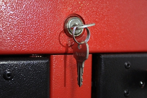 Металлический замок с ключами комплекта КА-800