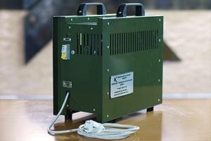 Однофазный зарядный комплект серии КЗО-1 вид сзади