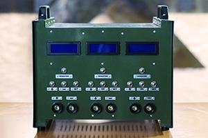 Фотографии полевого пуско-зарядного устройства ППЗУ-4К