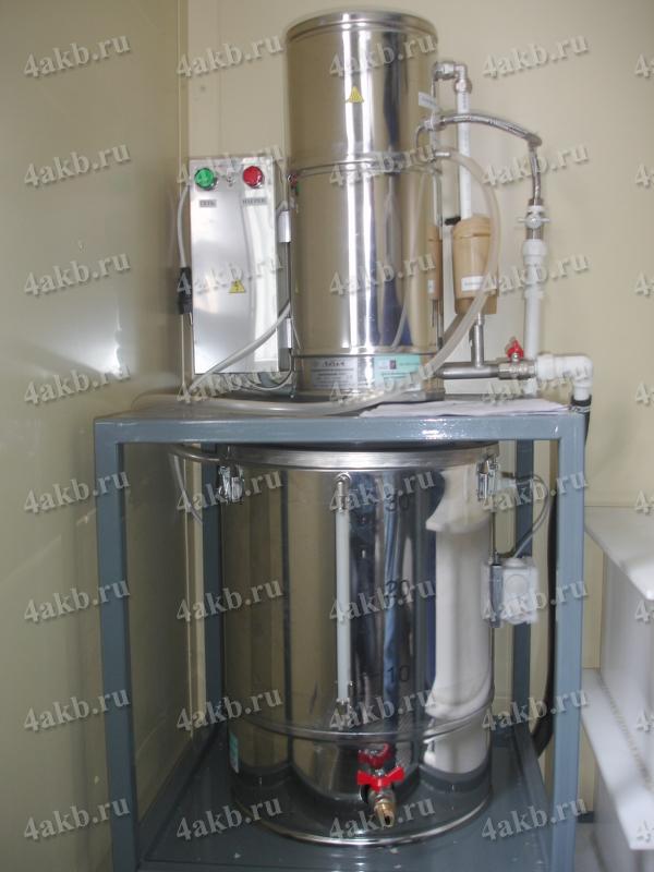 Мобильная аккумуляторная мастерская: аквадистиллятор