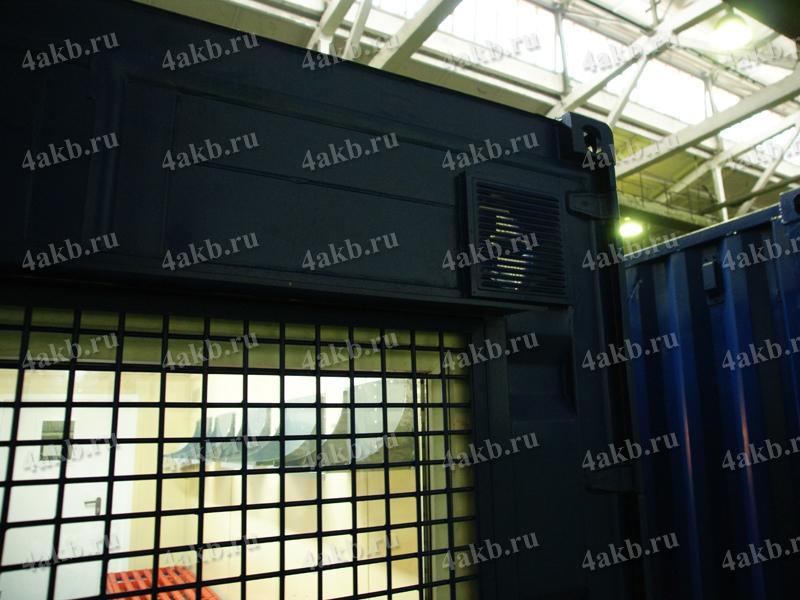 Мобильная аккумуляторная мастерская: внешний вид сзади