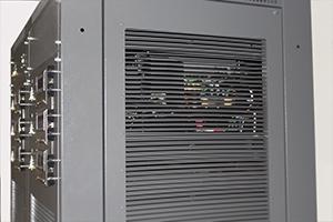Фото боковой металлической панели зарядного выпрямителя ВЗА-М-6-100-60