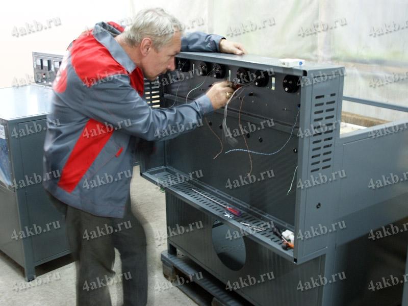 Завод электротехнического оборудования (сборка шкафа для заряда аккумуляторных батарей)