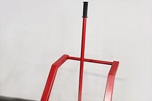 Фото металлической ручки для разлива кислоты