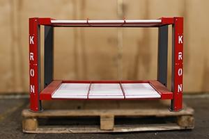 Роликовый стеллаж для хранения 6-ти аккумуляторов вид спереди