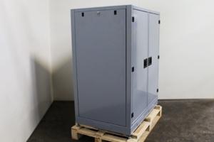 Металлическая боковая стенка шкафа
