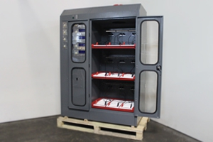 Вид сбоку шкафа для заряда Светоч-03-09.ЖК