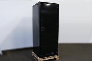 Шкаф для хранения аккумуляторов КРОН-ШМА-01.2000 черного цвета
