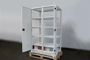 Фото шкафа 4АКБ-ЮГ.ШМА-02.2000 без боковых и задней крышек