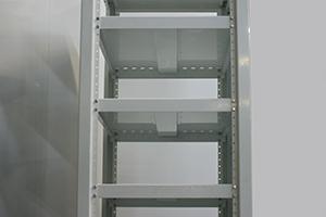 Фото крепления полок шкафа для хранения акб КРОН.ШМА-02.2000
