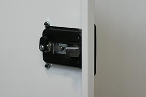 Фотография замка для запирания шкафа КРОН.ШМА-02.2000