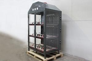Место для подключения 3-х внешних зарядных устройств с правой стороны