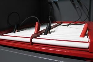 Роликовая решетка для установки аккумуляторов