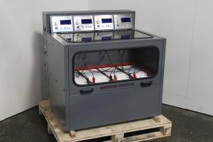 Фото зарядно-разрядного шкафа Светоч-04-04.ЖК