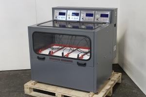 Зарядно-разрядный шкаф Светоч-04-04.ЖК в собранном виде