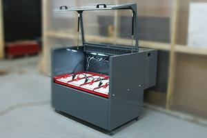 Зарядно-разрядый шкаф серии Светоч-Авиа-04 в открытом положении
