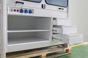 Выдвижные ящики лабораторного шкафа