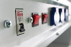 Панель управления освещением и вытяжкой