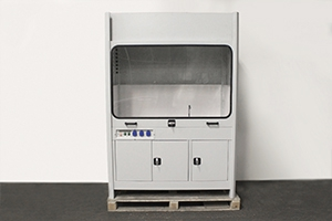 Лабораторный вытяжной шкаф с мойкой фото