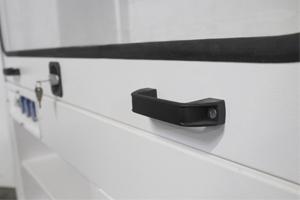 Фотография металлической ручки шкафа серии ШВМ