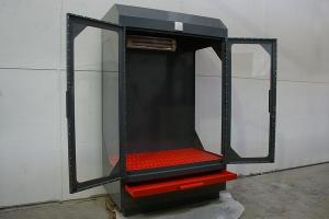Вытяжной шкаф УКС.ШВК в открытом положении