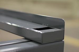 Фотографии однорядного сборно-разборного аккумуляторного стеллажа KRONVUZ-АКС-2.800