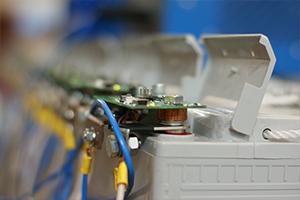 Фотография соединения считывающей платы и фронттерминального аккумулятора