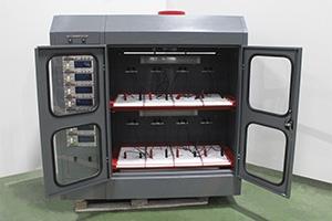 Шкаф для заряда кислотных АКБ в открытом виде
