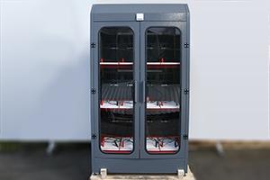 Трехъярусный зарядно-разрядный шкаф