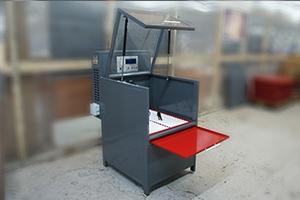 Зарядно-разрядный шкаф серии Светоч-04-01 в открытом положении