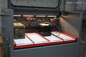 Зарядно-разрядный шкаф для авиационных аккумуляторов Светоч-Авиа