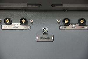 Фото разъемов  для подключения аккумуляторов к устройству