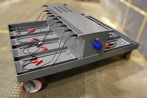 Аккумуляторная зарядно-подзарядная тележка