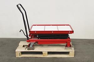 Металлическая тележка с подъёмной платформой рольганг фото