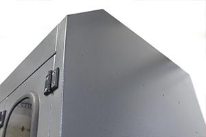 Фото петель установленных на модернизированных дверях