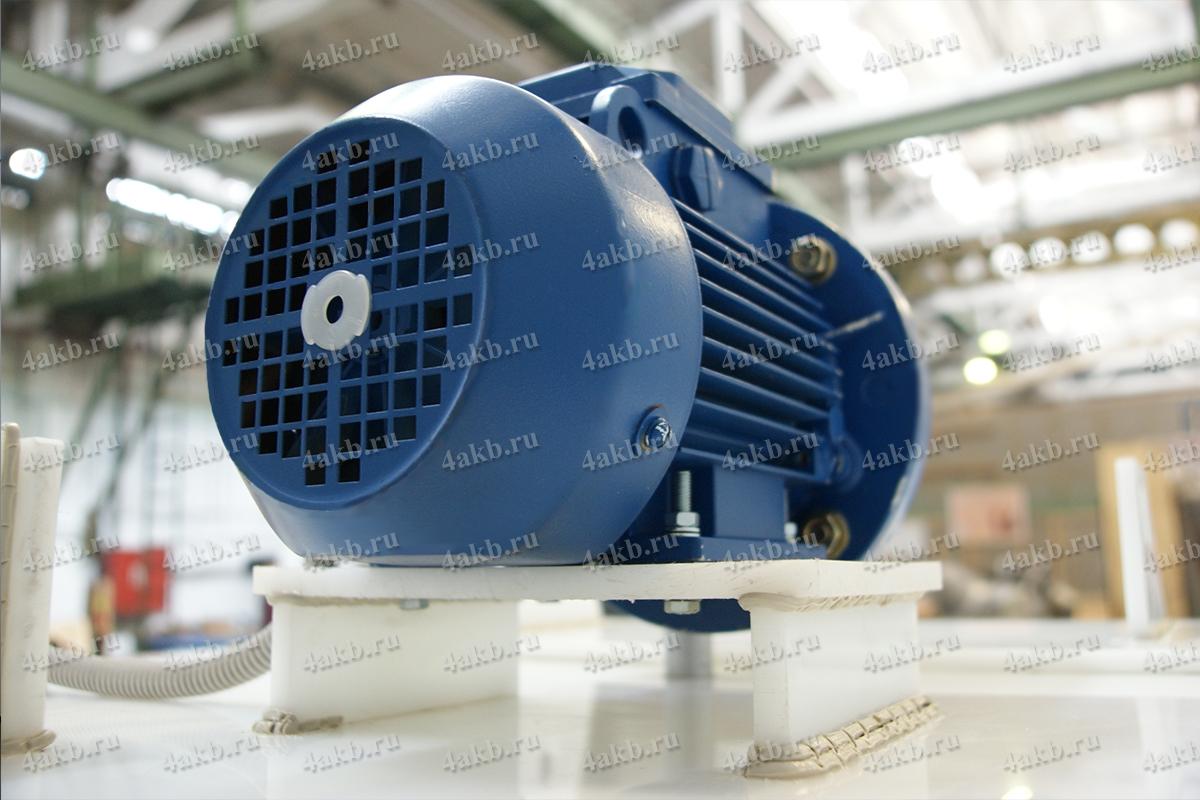 Мотор редуктор для перемешивания электролита