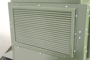 Металлическая вентиляционная решетка