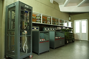 Фотографии зарядных и зарядно-разрядных устройств производства компании KRONVUZ