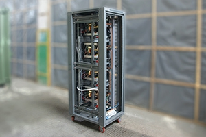 Зарядный выпрямитель серии ВЗА со снятыми боковыми и задними панелями
