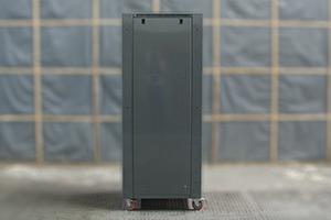 Съемные боковые панели зарядного выпрямителя серии ВЗА