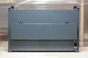 Автоматизированный зарядный выпрямитель серии ВЗА вид сзади